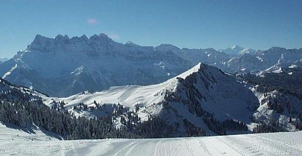Dents du Midi 3257m & Mont Blanc 4807m